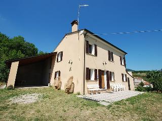 Comfortable 3 bedroom Farmhouse Barn in Albettone - Albettone vacation rentals