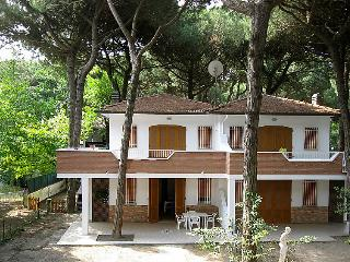 Nice 2 bedroom House in Lido di Spina - Lido di Spina vacation rentals