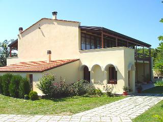 3 bedroom House with Washing Machine in Monteguiduccio - Monteguiduccio vacation rentals