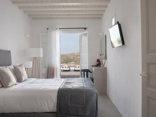 COVA MYKONOS - STANDARD ROOM - Elia Beach vacation rentals