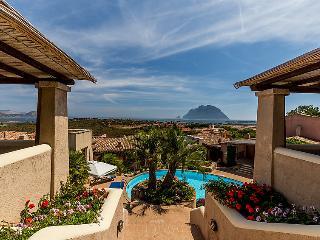 2 bedroom Villa in Porto San Paolo, Sardinia, Italy : ref 2014769 - Porto San Paolo vacation rentals