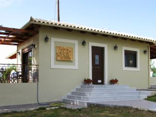 "Villa ""Proti"" very close to Costa Navarino - Marathopoli vacation rentals"