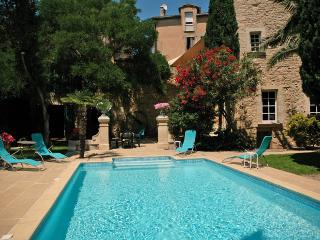 7 bedroom Villa in Montblanc, Languedoc, France : ref 2016782 - Montblanc vacation rentals