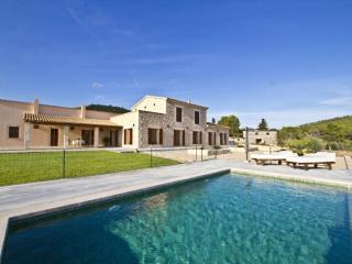 4 bedroom Villa in Cala Millor, Son Servera, Mallorca : ref 2017098 - Costa De Los Pinos vacation rentals