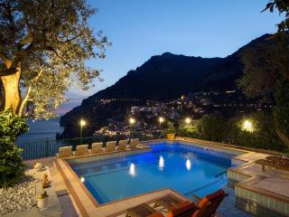 6 bedroom Villa in Positano, Amalfi Coast, Campania, Italy : ref 2017925 - Positano vacation rentals