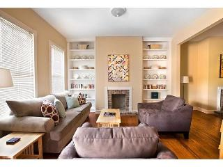 Two bedroom home with a large porch for relaxing - Savannah vacation rentals