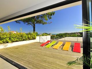 4 bedroom Villa in Saint Jean De Luz, Biarritz, France : ref 2018171 - Guethary vacation rentals
