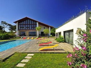 Beautiful 5 bedroom Villa in Guethary - Guethary vacation rentals