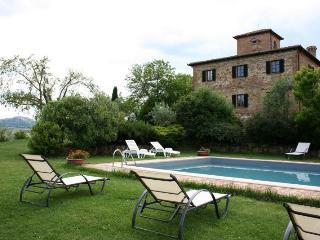 7 bedroom Villa in Montepulciano, Toscana, Italy : ref 2020508 - Montefollonico vacation rentals
