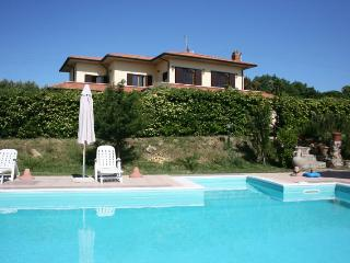 4 bedroom Villa in Rosignano Marittimo, Toscana, Italy : ref 2020519 - Castelnuovo Misericordia vacation rentals