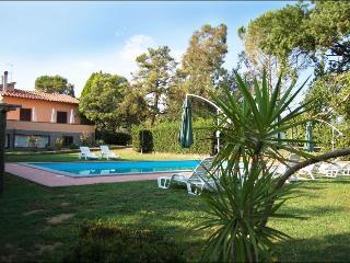 5 bedroom Villa in Corchiano, Lazio, Italy : ref 2020538 - Corchiano vacation rentals