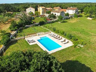Nice 7 bedroom Villa in Barbariga - Barbariga vacation rentals