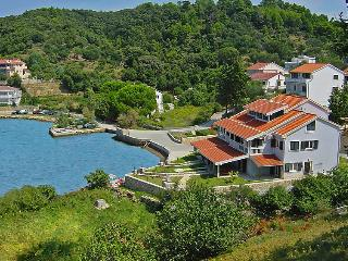 2 bedroom Apartment in Rab Kampor, Kvarner Islands, Croatia : ref 2020928 - Kampor vacation rentals