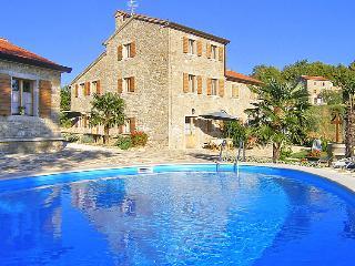 10 bedroom Villa in Buje Krasica, Istria, Croatia : ref 2021814 - Groznjan vacation rentals