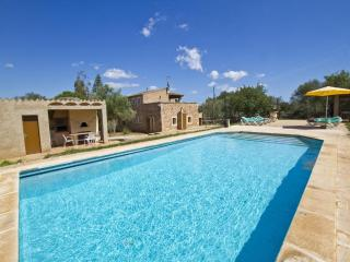 4 bedroom Villa in Cas Concos, Felanitx, Mallorca : ref 2022212 - Saint Llorenç des Cardassar vacation rentals