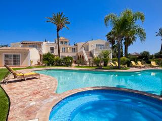 7 bedroom Villa in Albufeira, Albufeira, Algarve, Portugal : ref 2022226 - Guia vacation rentals