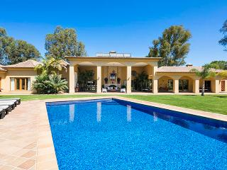6 bedroom Villa in Alvor, Algarve, Portugal : ref 2022227 - Figueira vacation rentals