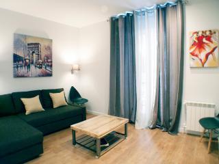 Sol Gran Via 3 beddroo 2 bathroo in center heart - Madrid vacation rentals