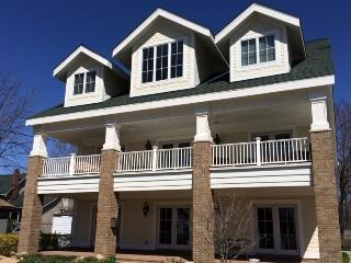 655 St. Joseph Street - Friday to Friday - South Haven vacation rentals