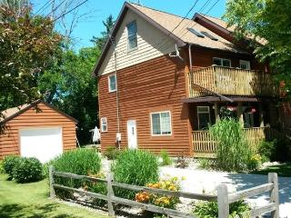 Cedar Haven Cottage - Friday to Friday - South Haven vacation rentals