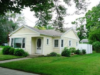 3 bedroom House with Wireless Internet in South Haven - South Haven vacation rentals
