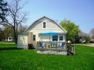 Nice 3 bedroom Vacation Rental in South Haven - South Haven vacation rentals