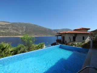 5 bedroom Villa in Kas, Mediterranean Coast, Turkey : ref 2022572 - Kas vacation rentals