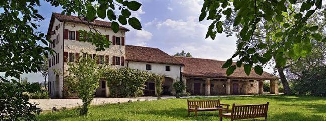 7 bedroom Villa in Rovolon, Padua, Italy : ref 2022834 - Image 1 - Rovolon - rentals