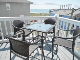 Fin & Tonic 130128 - Carolina Beach vacation rentals