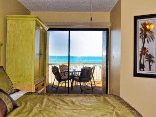 Villas of Clearwater Beach 8A  Beachfront |  2 bedroom and 2 bath | Short Walk to Pier 60 - Clearwater Beach vacation rentals