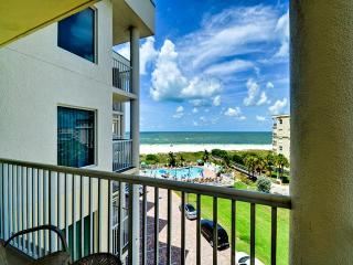 GULF VIEW 2 Bedroom Fabulous sunsets !!! - Treasure Island vacation rentals