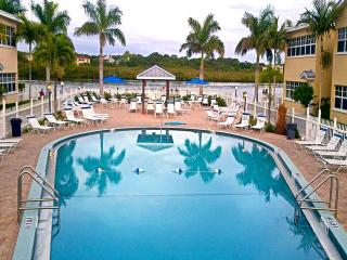 Barefoot Beach Condo A105 Warm Tropical Feel - Indian Shores vacation rentals