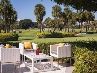 Resort at Longboat Key Club Jr. Suite, Golf Course/Lagoon View Newly Listed Florida Beachfront Resort!!!! - Longboat Key vacation rentals