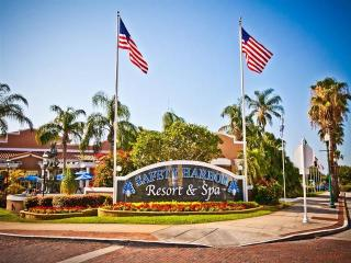 Safety Harbor Resort and Spa Bayview King, Balcony/Patio Newly Listed Resort - Safety Harbor vacation rentals