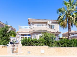 SCARLET - Punta Prima vacation rentals