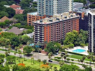 Coconut Grove Mutiny Hotel, One Bedroom Deluxe Beautiful Deluxe Room with Balcony - Miami vacation rentals