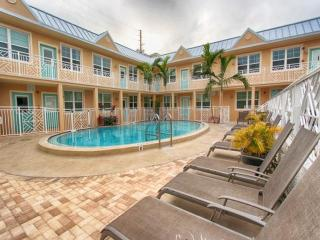 Clearwater Beach Suites 104 Less than a minute walk to the beach! - Clearwater Beach vacation rentals