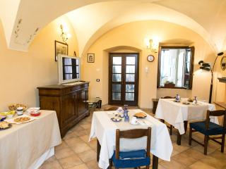 Nice Bed and Breakfast with Internet Access and Wireless Internet - Nigoline di Corte Franca vacation rentals