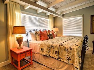 Indian Rocks Beach Cottage 3 bedroom cottage Newly listed Florida Cottage!!!! - Indian Rocks Beach vacation rentals