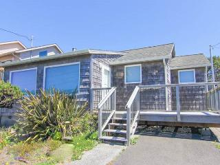 Cedar-shingled Classic with Casual Charm in Roads End - Lincoln City vacation rentals