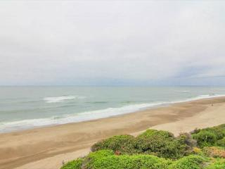 Oceanfront Condo has Pool, Game Room Access! - Gleneden Beach vacation rentals