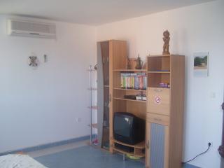 3 Zimmer Ferienwohnung - Liznjan vacation rentals