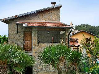 Cozy 2 bedroom House in Grimaldi - Grimaldi vacation rentals