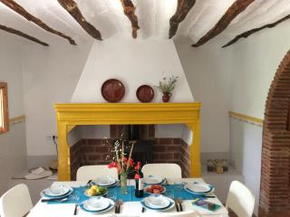 Castril Cortijo: views, walks and adventures - Castril De La Pena vacation rentals