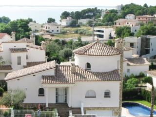 Villa in Ampolla, Catalonia, Costa Dorada, Spain - L'Ampolla vacation rentals