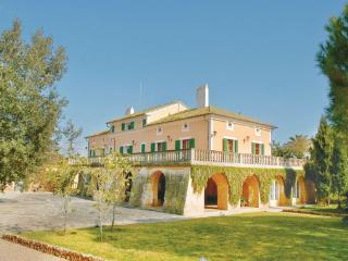 9 bedroom Villa in Es Trenc, Balearic Islands, Llucmajor, Mallorca : ref 2036917 - Sa Rapita vacation rentals