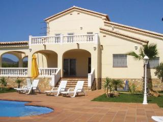 4 bedroom Villa in L Ampolla, Catalonia, Costa Dorada, Spain : ref 2037132 - L'Ampolla vacation rentals