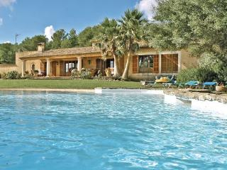 4 bedroom Villa in Arta, Balearic Islands, Mallorca : ref 2037175 - Son Cervera vacation rentals