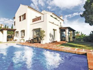 5 bedroom Villa in Las Chapas, Andalusia, Costa Del Sol, Spain : ref 2037188 - Artola vacation rentals