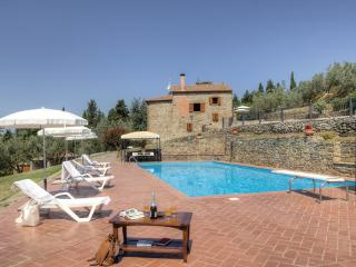 7 bedroom Villa in Castiglion Fiorentino, Tuscany, Arezzo / Cortona And Surroundi, Italy : ref 2037536 - Pieve di Chio vacation rentals